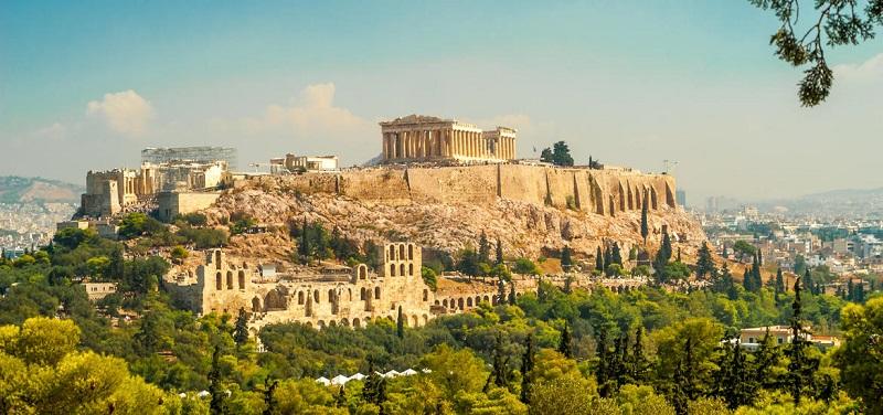 Como é e o que fazer no verão em Atenas